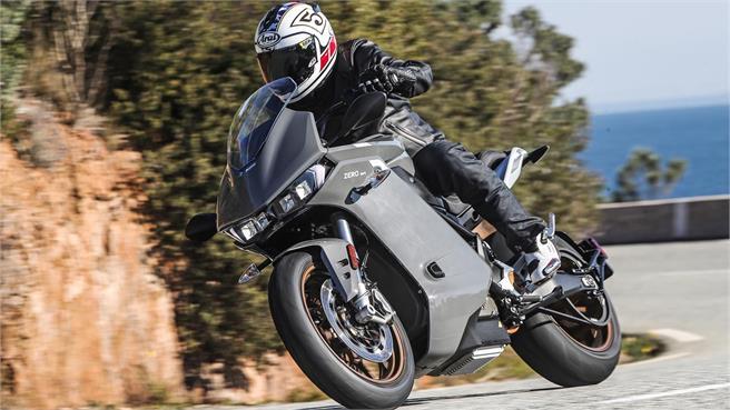 Plan MOVES II también incluye las motos eléctricas