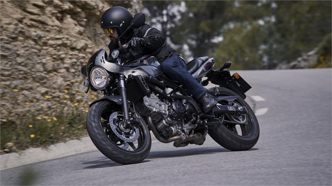 Suzuki SV 650 X: Toque de personalidad
