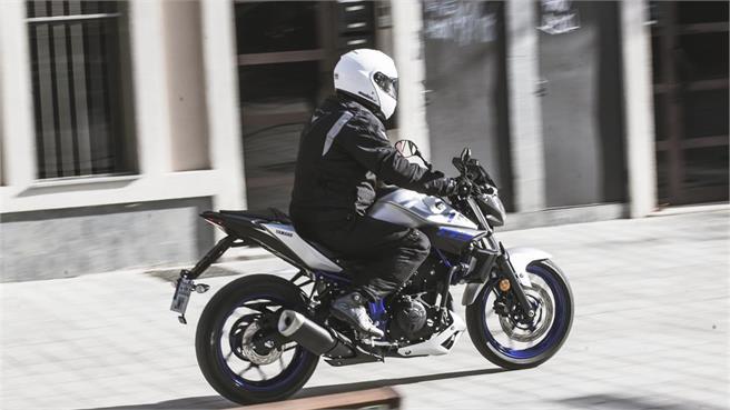 Yamaha MT-03: Vitamina para carné A2