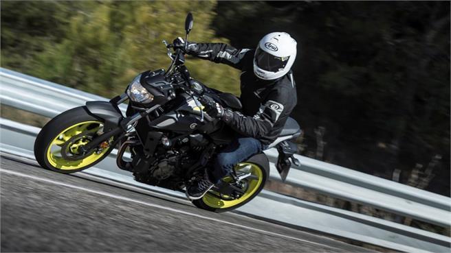 Yamaha MT-07: Simplemente refrescada