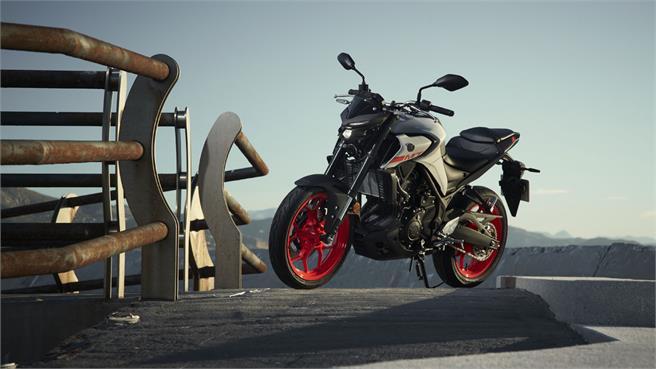 Yamaha MT-125 y MT-03 2020