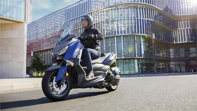 Yamaha X-MAX 400: fichaje renovado 2018