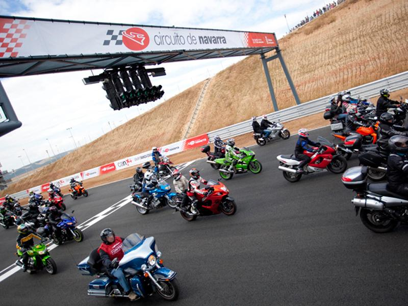 Circuito Los Arcos : Fotos inaugurado el circuito de los arcos navarra
