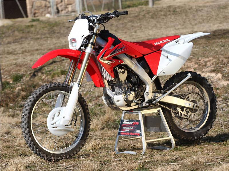 fotos presentaci n honda crf 250x y 450x honda crf 250x 450x 2011. Black Bedroom Furniture Sets. Home Design Ideas