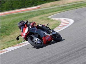 informacion tecnica aprilia sr 50 racing: